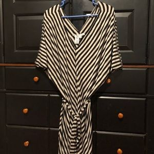 Max Studio black and gray striped dress with belt